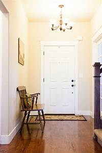 how to decorate foyer How to Decorate an Entryway for Great First Impressions