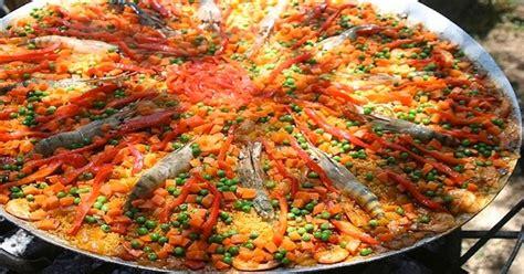 cuisiner les poivrons verts recette pour une paella géante espagne facile