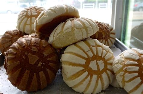 Pan Dulce 101: The Shape of Sweet Things to Come - Los ...