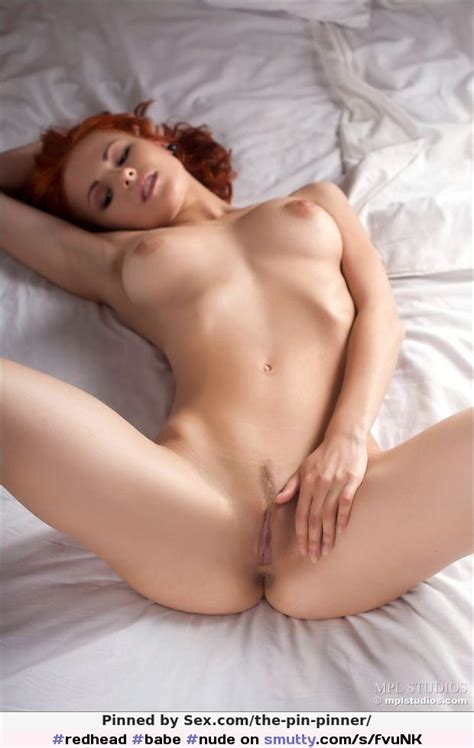 Redhead Babe Nude Boobs Flatstomach Trimmes Hairy