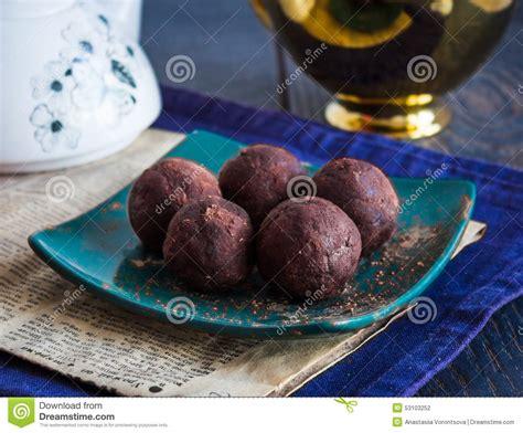 sucrerie de lentille avec des figues truffe de chocolat dessert sain photo stock image 53103252
