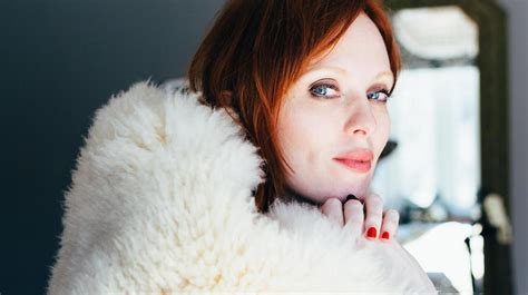 karen elson double roses karen elson announces sophomre lp double roses news