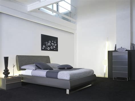 deco chambre lit noir decoration de lit adulte visuel 7
