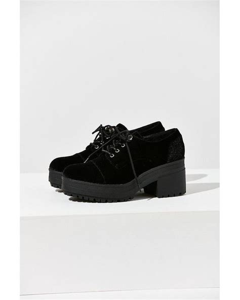 lyst urban outfitters sadie velvet bubble toe oxford