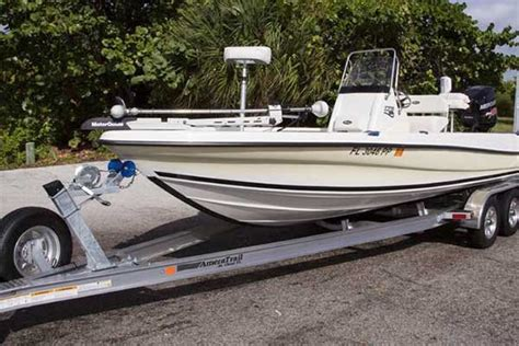 Loading Pontoon Boat On Trailer by How To Load Your Boat On The Trailer Trailering Boatus
