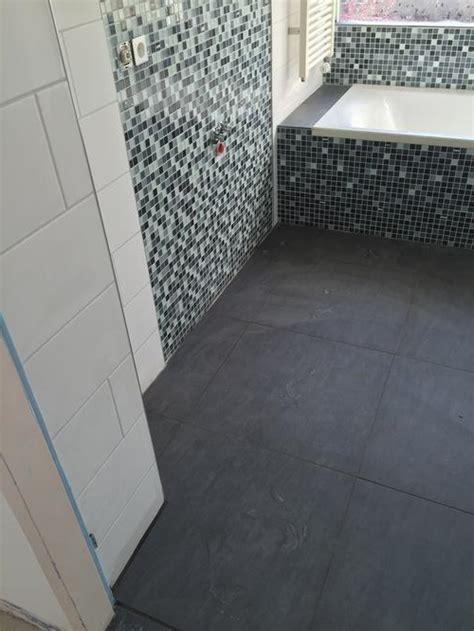 toilet afkitten afkitten badkamer toilet en vensterbank keuken werkspot