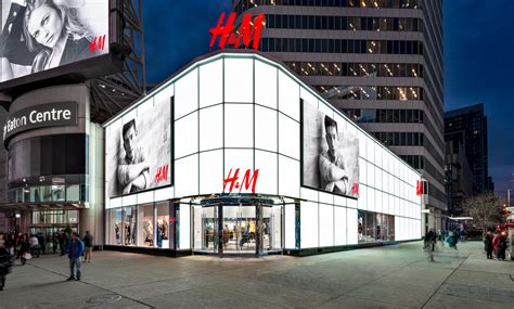 hm bringing  commerce  canada strategy