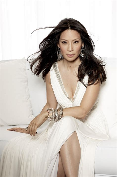 30 Hot Lucy Liu Bikini Pictures Show Her Young Sexiest Feet Legs Look