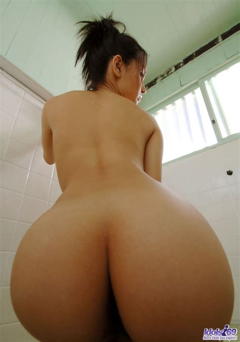 Maria Ozawa teasing her hairy pussy and nice tits
