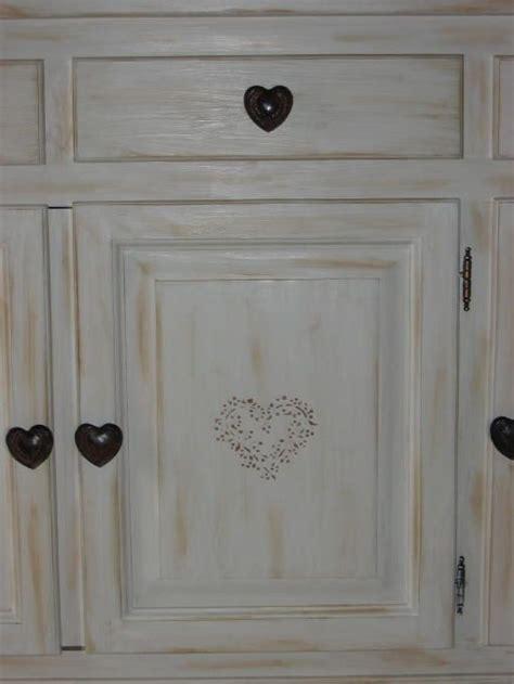 peindre des meubles bois vernis conseils décoration poncer