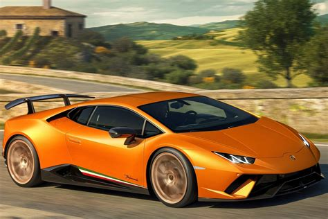 Recordbreaking Lamborghini Huracan Performante Launched