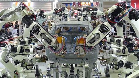 Building A Car by Kawasaki Car Building Robots Tokyo Irex 2013