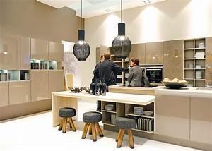 Küchen Farben Trend : bild so sieht die k che von heute aus dieses modell von nolte k chen vereint warme farben ~ Markanthonyermac.com Haus und Dekorationen