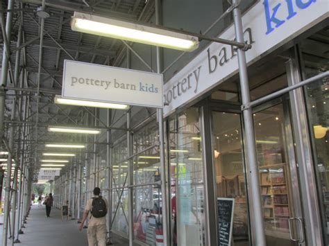 Pottery Barn Nyc Midtown by Midtown Manhattan Valley Follies Pottery Barn