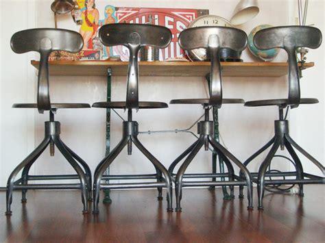 chaise de bar chaise et tabouret au style industriel