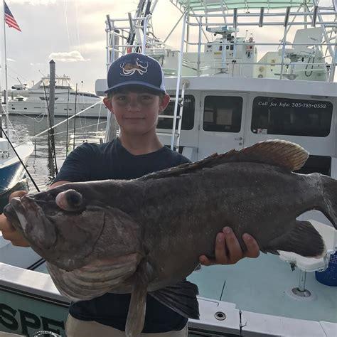 fishing funny shirts catches cason jumbo grouper snowy