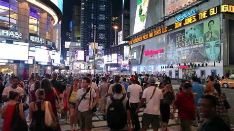 crowd  people walking  times square  york city