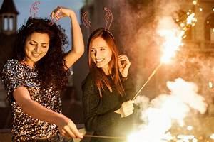 Kurztrip Silvester 2014 : silvester in barcelona die spektakul rsten partys und events ~ Buech-reservation.com Haus und Dekorationen