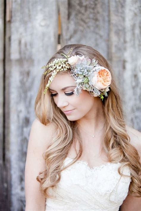 wedding hairstyles  flowers hairstyle  women