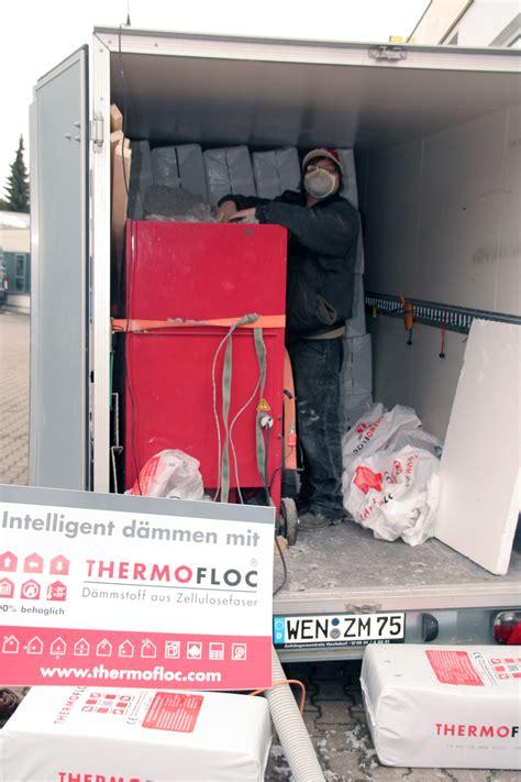 Zellulosedaemmung Recyclingprodukt Fuer Warme Waende by Einblasd 228 Mmung