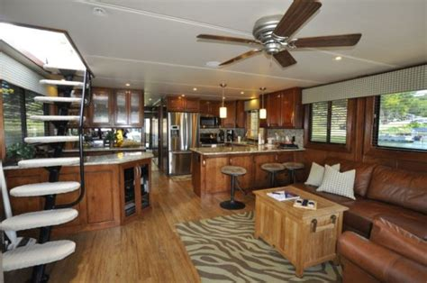 house boat interiors updating your outdated interior tips from the experts houseboat magazine