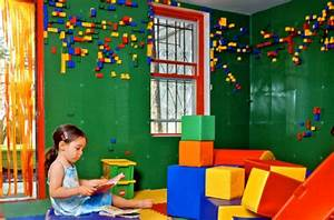 Brooklyn Café Sports Lego-Walled Kids' Room | WIRED