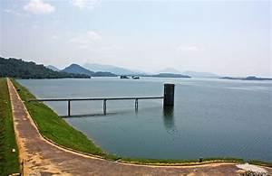 Gal Oya Dam