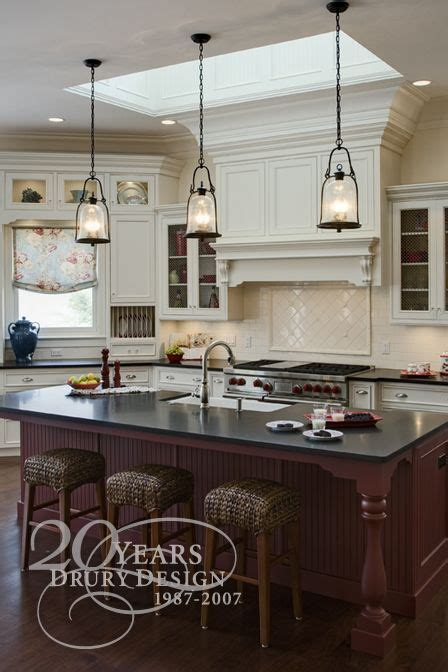hanging kitchen lights island the pendant lights the island lees kitchen ohhh