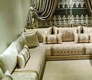 un salon marocain dore qui convient a tout style de pieces With tapis oriental avec customagic housse canapé