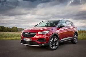 Opel Grandland X Rot : opel grandland x 1 6 diesel reviews complete car ~ Jslefanu.com Haus und Dekorationen