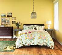 Cozy Country Getaway 5 Decorating Ideas For Bedrooms Real Simple 10 Cozy Yellow Bedroom Interior Design Ideas Https Interioridea Tips To Create A Warm And Cozy BLUE Bedroom Linda Holt Interiors Of Beautiful Bedding Room Decorating Ideas Home Decorating Ideas