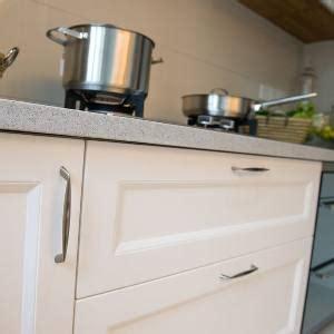 kitchen cabinet door styles options kitchen cabinet door styles weighing up your options 7802