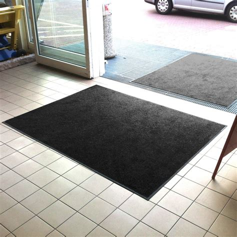 Floor Mats Uk by Front Door Mats Black