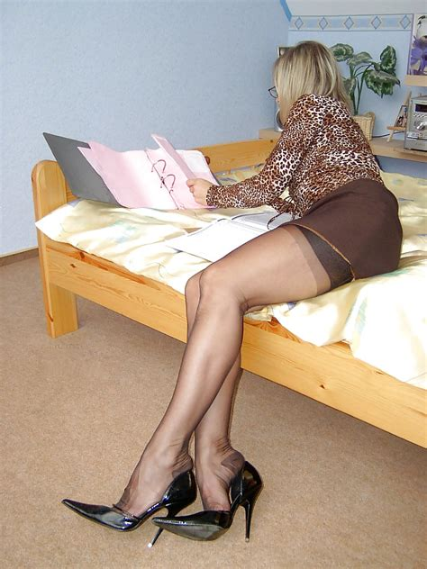 Lovely Lady Lounges Vintage Rht Nylons 20 Pics