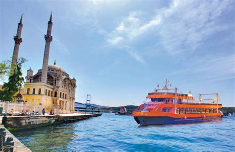 Istanbul Bosphorus Tour By Boat by Bosphorus Cruise Tour In Istanbul