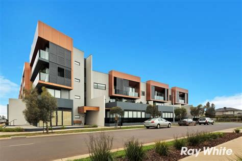 Catamaran Drive Werribee South by Houses For Sale In Werribee South Vic 3030 Realestateview