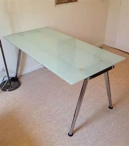 Ikea Bureau Verre : table bureau verre but bureau lepolyglotte ~ Melissatoandfro.com Idées de Décoration
