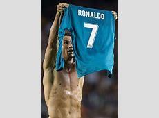 Cristiano Ronaldo mocks Lionel Messi with El Clasico goal