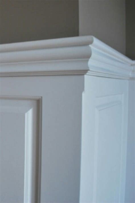 Wainscoting Cap Rail by Chair Rail Mouldings Dining Room Wainscoting