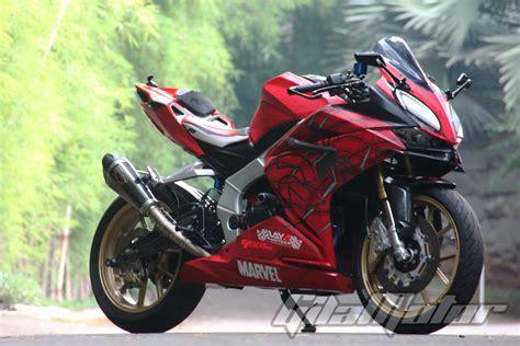 Modif Cbr250rr by Modifikasi All New Honda Cbr250rr Pakai Kostum Manusia