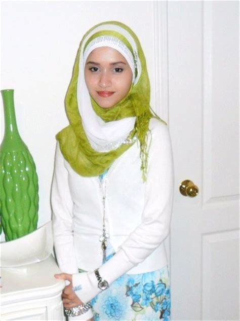 hijab fashion  teenagers    home work hijab