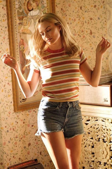 Margot Robbie - Famous Nipple