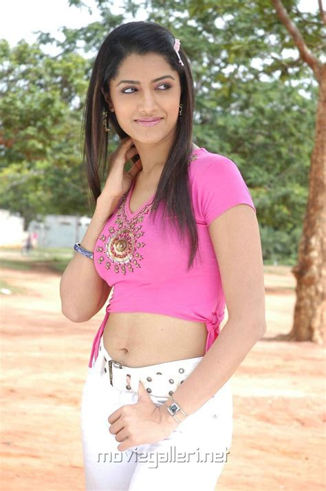 Picture Tamil Actress Mamta Mohandas New Hot