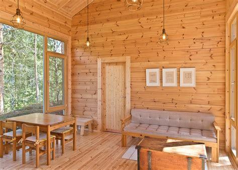 beautiful lakeside cabin puts  fresh spin