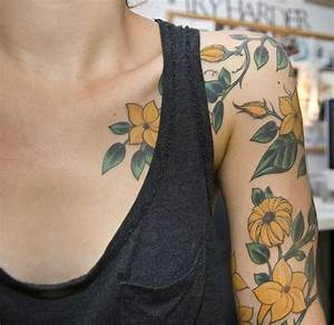 53 Adorable Vintage Flower Shoulder Tattoos