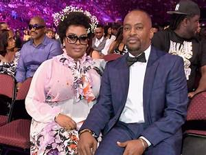 Jill Scott Reportedly Files For Divorce - Go Hard In DAA Paint