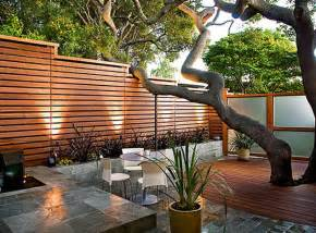 Bathroom Wall Material Options Nz by Small Courtyards Small Courtyard Garden Lighting Decor
