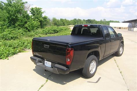 Chevrolet Colorado Tonneau Cover by Chevy Colorado Bed Cover Colorado Truck Tonneau Covers
