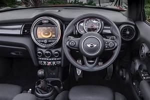 Mini Cooper Interieur : mini cooper convertible interior pictures ~ Melissatoandfro.com Idées de Décoration