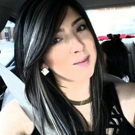 haarfarbe schwarz grau schwarzes haar mit grauen highlights haare cabello